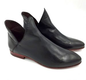 black_leather_boots_side